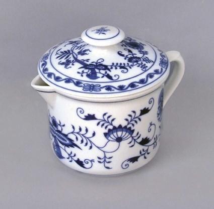 Cibulák hrnček Varák veľký s náustkom a vekom 0,90 l cibuľový porcelán, originálny cibuľák Dubí, 1. akosť