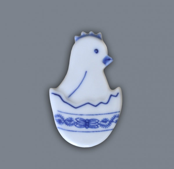 Cibulák kuriatko v škrupinke - magnetka 5,5 x 3,5 cm cibulový porcelán, originálny cibulák Dubí 1. akosť